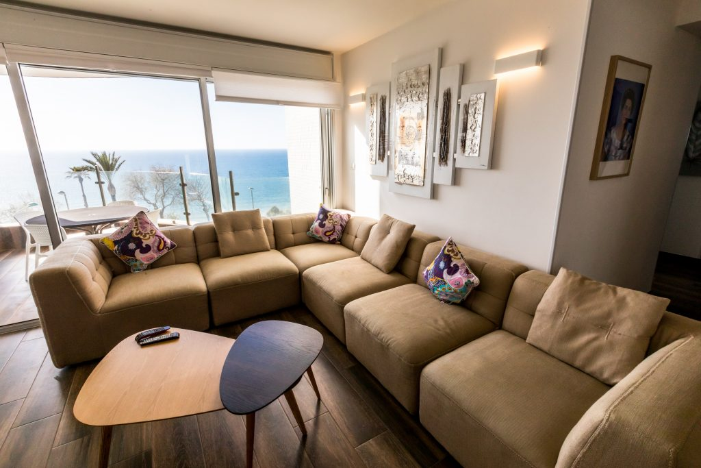 Rent apartment in Netanya