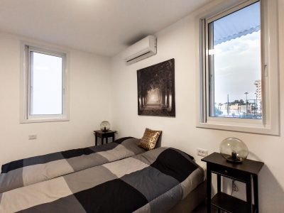 King Room Netanya Airbnb